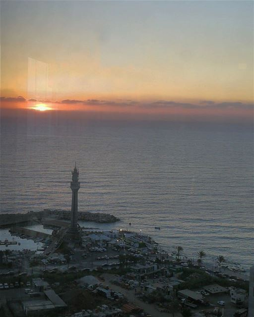 Sunset beirut bestcitypics sunsetporn sunsetlovers lighthouse... (Beirut, Lebanon)
