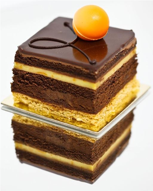 Chocolate layers 🍰, @lechaudron.lb .... saraheidphotography  food ...