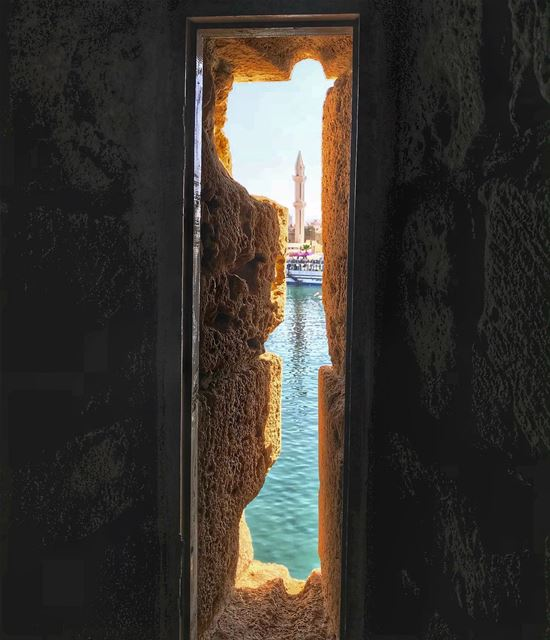 Saida vibes✨.. window frame view saida love city... (Sidon Sea Castle)