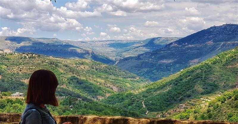 livelovejezzine 🏞 landscapes southlebanon....... gogreen ... (Ouâdi Jezzîne, Al Janub, Lebanon)