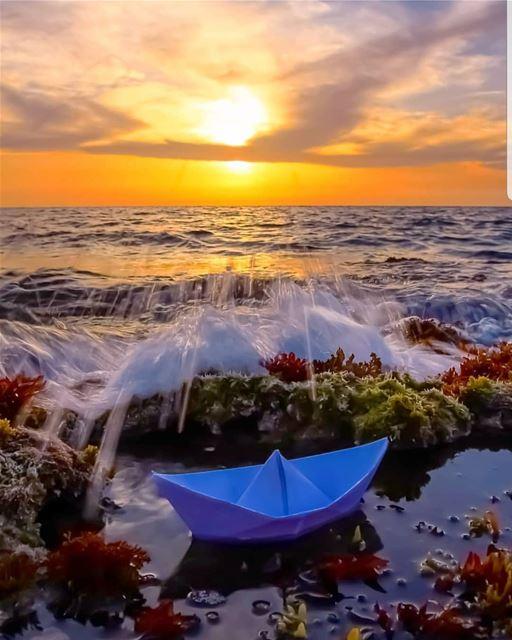 batroun sunset sea mediterraneansea batrounbeach batrouncoast ... (Batroûn)