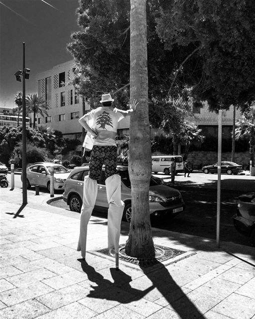 آخ يا بلدنا..-📍Paris Avenue, Manara, Beirut, Lebanon 🇱🇧- stiltwalker ... (Manara Beyrouth)