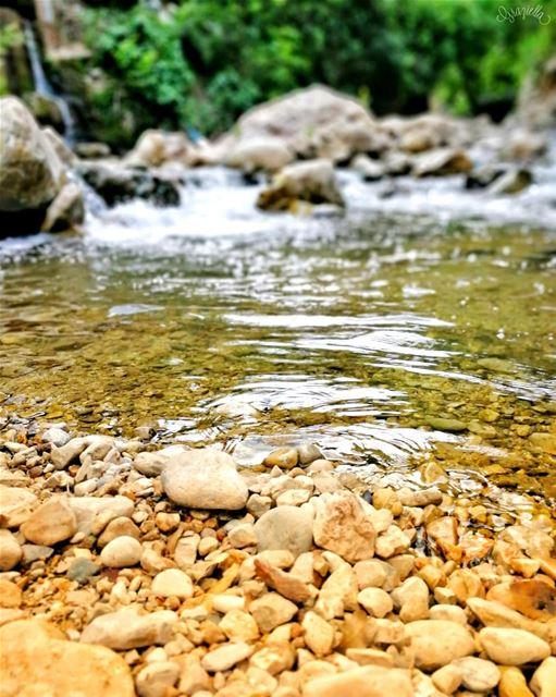 lebanontimes lebanoninapicture lebanon river placestovisit view ... (Mazraat En Nahr, Liban-Nord, Lebanon)