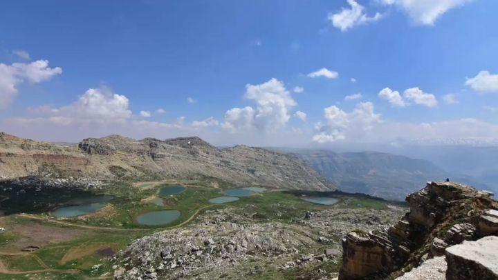 timelapse north pond water mountains lebanon plain green nature ... (Akoura, Mont-Liban, Lebanon)