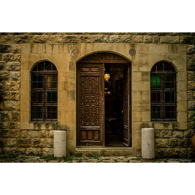 oldlebanon  lebanon  old  house  entrance  windows  door  architexture ... (Baakline, Mont-Liban, Lebanon)
