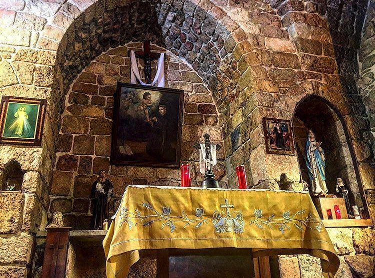 ...نورٌ لسبيلي✨(كنيسة مار انطونيوس البدواني-الحدت)———————... (Mount Lebanon Governorate)
