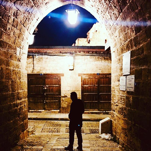 Right 👈🏼 Or 👉🏼 Left?. byblos jbeil lebanon beirut night walking... (Byblos, Lebanon)