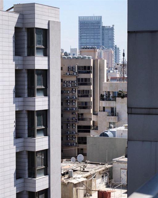 architectural... (Ain El Mreisse, Beyrouth, Lebanon)