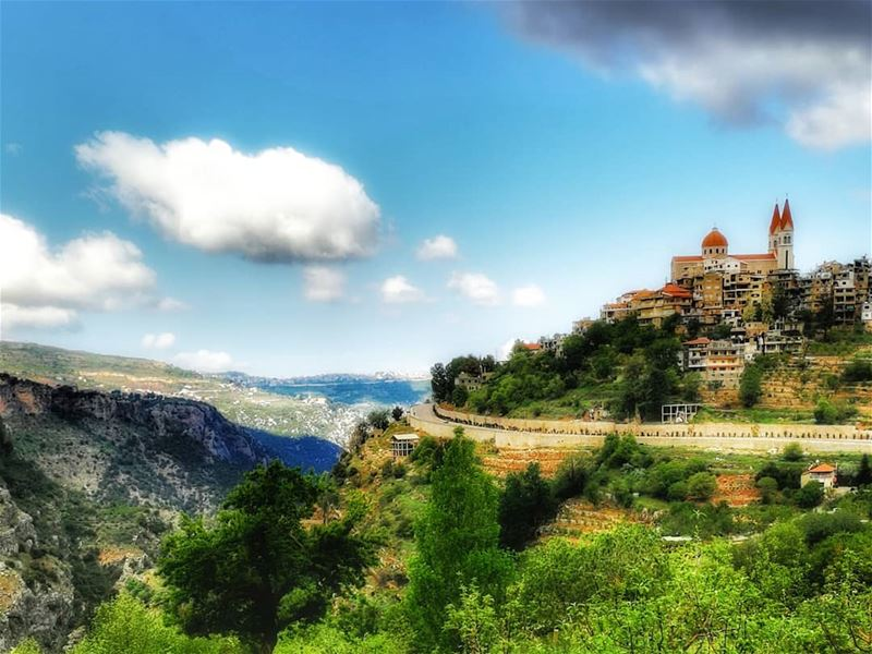 Let's wander where the wifi is week 💚💙..... lebanon igtravel ... (Bcharre El Arez بشري الأرز)