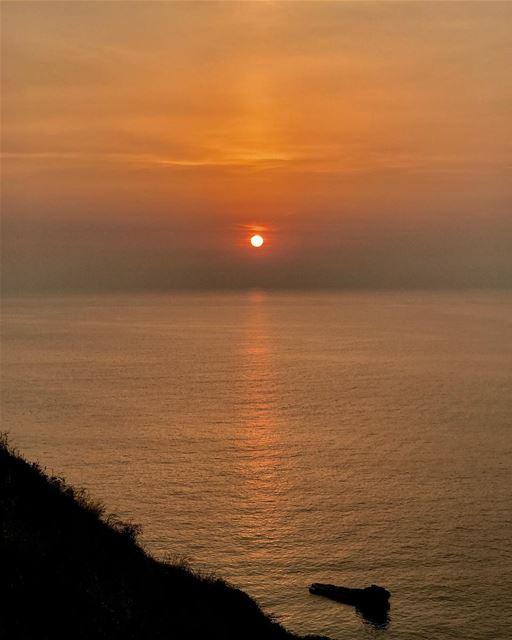 Some moments are gold.. 💫 whatworksformaya adayatthebeach ... (Chekka)