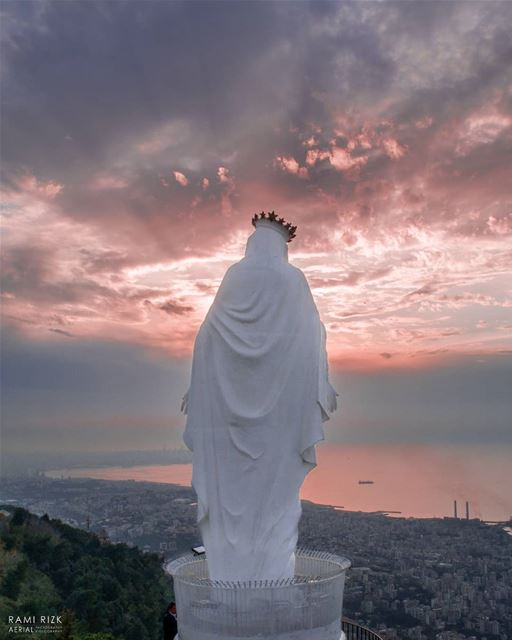 May the month of MARY 💙🙏... lebanon harissa dji drones ... (Harîssa, Mont-Liban, Lebanon)
