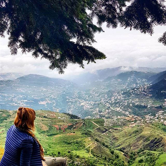 The magic of nature 💚🙏💚spring greenery mountains view relaxingview... (El Qammoûaa)