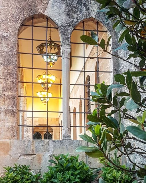 Authentic Lebanese Palace! lebanonbyalocal lebanonisbeautiful ...