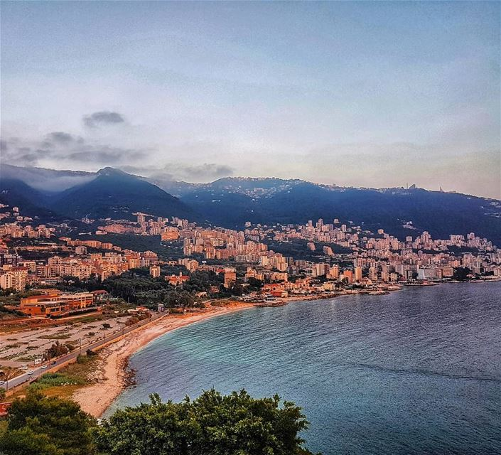 Sunset colors at the beautiful bay of Jounieh  sunset  moments ... (Casino du Liban)