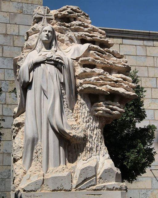 لبنان لك____ nayef_alwan sculptor artist art sculpture lebanese ... (Lebanon)