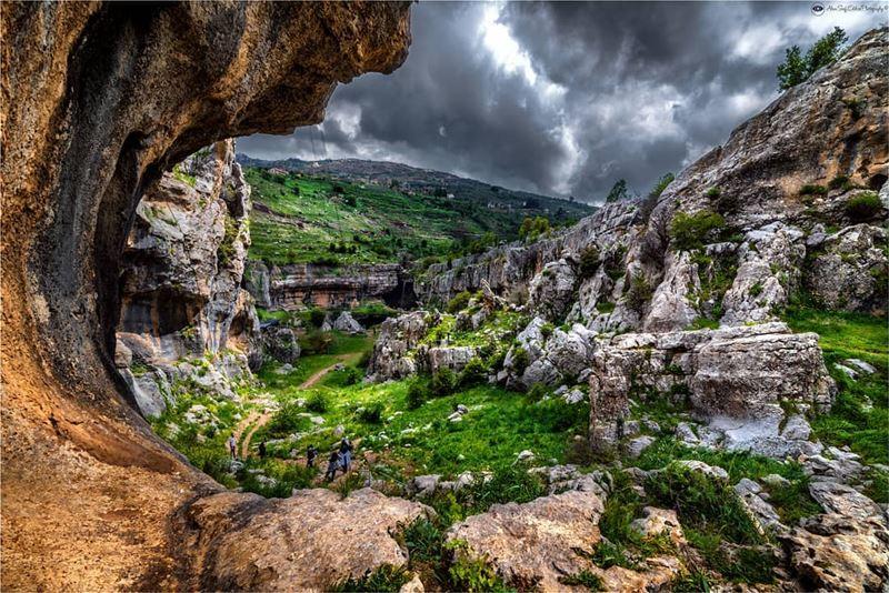 مشهد آخر من الطبيعة اللبنانية.Another scenery from the Lebanese natural... (Bâloûaa Balaa)