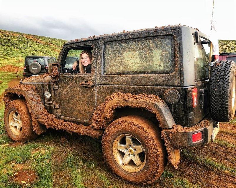 O|||||||O HER mudding lebanon mountains jeep offroad wrangler ... (Jord el Aaqoûra)