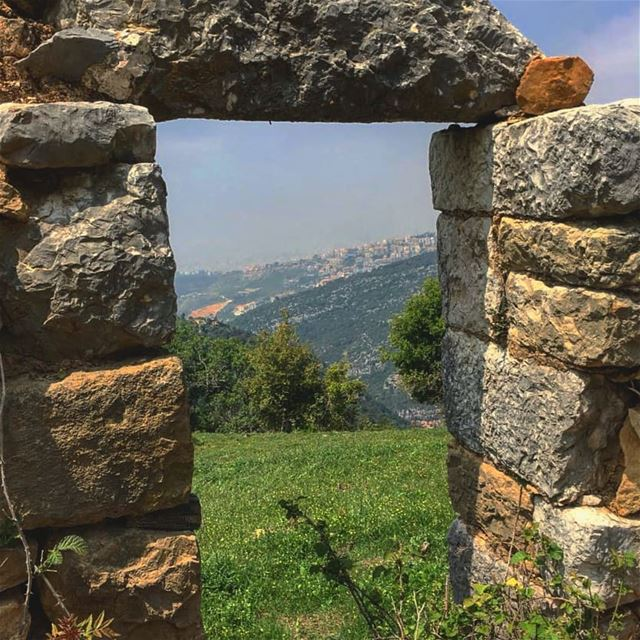 I have never met a strong person with an easy past 🤔🤔🤔 oldbutgold ... (Araya, Mont-Liban, Lebanon)