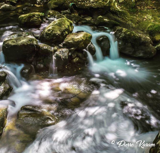 amazing escape baakline flow longexposure river ... hiking ...