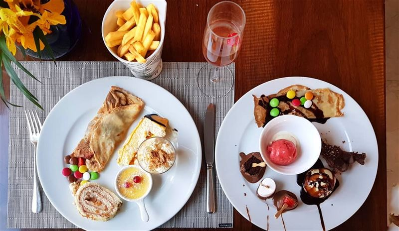 Be like fries, go along with anything 🍟🍫🍰🍦🍩 lemebeingdeep ........ (Le Gray, Beirut)
