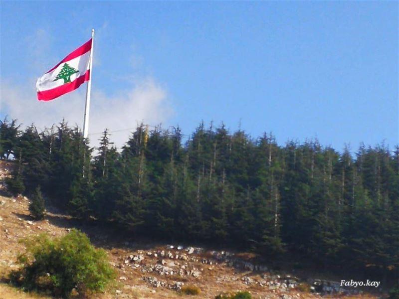 🇱🇧🇱🇧🇱🇧.. بحبك يا لبنان.. 🇱🇧🇱🇧🇱🇧... (Falougha, Mont-Liban, Lebanon)