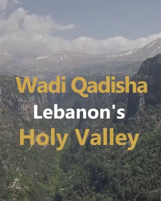 Veja neste vídeo imagens impressionantes e curiosidades do Vale Qadisha,... (Kadisha Valley)
