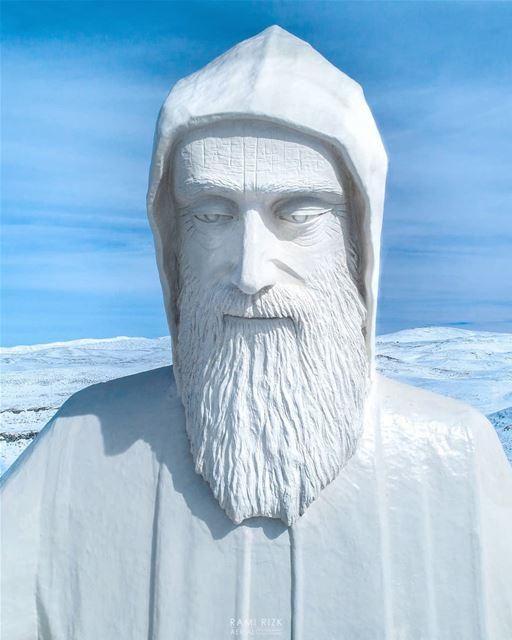 يا غافي و عيونك لعنينا نور... 🙏عيد مولد القديس شربل (08/05/1828)... ... (Saint Charbel-Faraya)