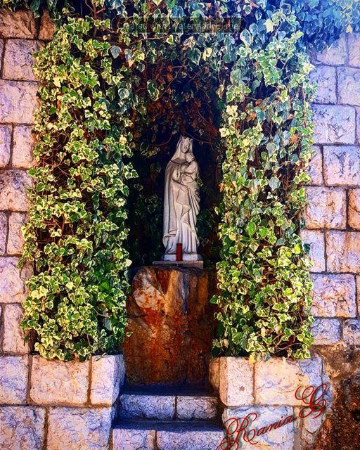 khenchara montliban maryouhanna amazingandblessedplace ... (El Khenchâra, Mont-Liban, Lebanon)