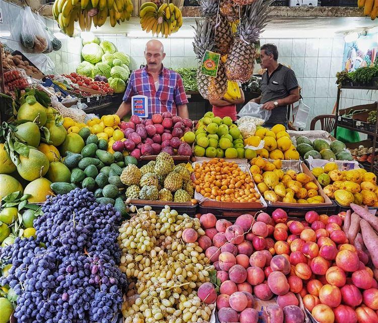 This colourful variety 😻Я уже рассказывала, что чеснок - король ливанской (Zuqaq al-Blat)
