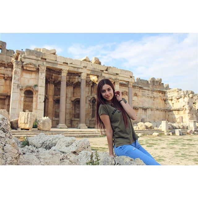 Do less with more focus! livelovelebanon livelovebeirut livelovebekaa ... (Baalbek, Lebanon)