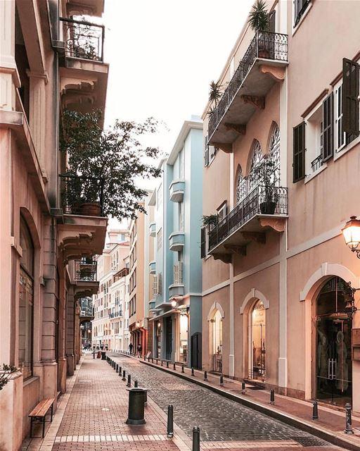 Pedacinho da Europa no coração da capital libanesa. Foto de @karliseverywhe (El Saifi, Beyrouth, Lebanon)