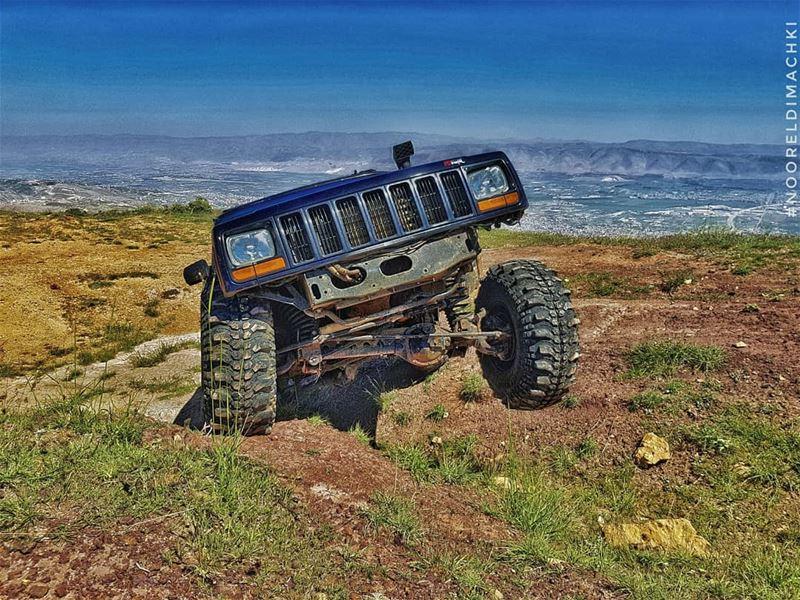 jeep xj sannine friends gopro lebanon nofilter whatsuplebanon jeepbeef...