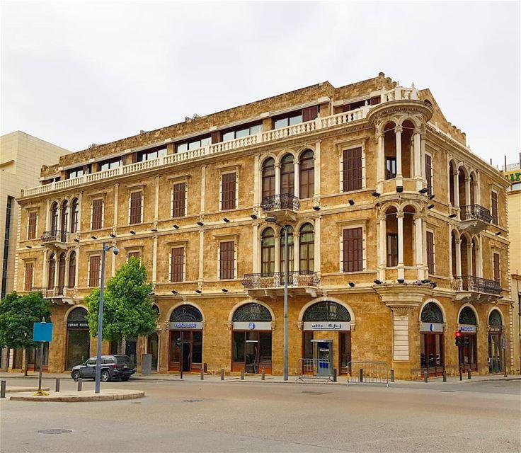 Goodmorning❤❤🇱🇧🇱🇧 oldarchitecture herritage walking house ... (Beirut, Lebanon)