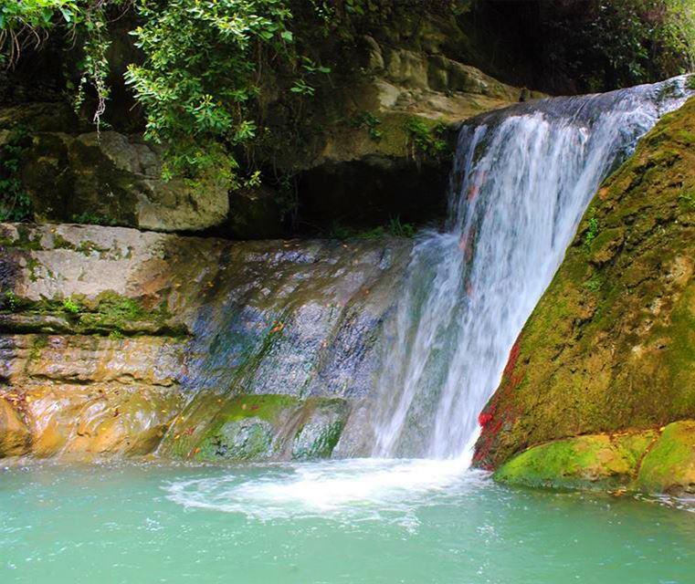 الشوف المختارة جبل_لبنان لبنان طبيعة شلال نهر lebanon lebanon_hdr... (El-Mukhtarah, Mont-Liban, Lebanon)
