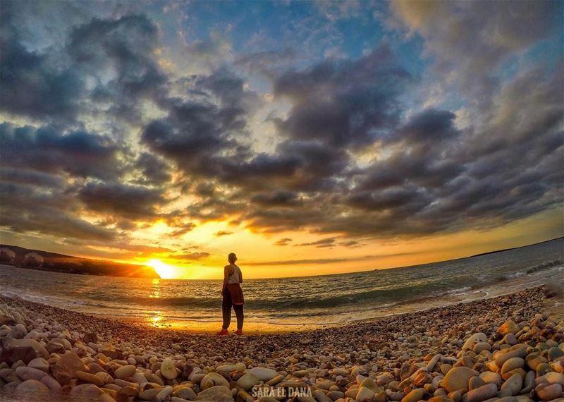 Meet me where the sky touches the sea 🐚🌊 (Chekka)