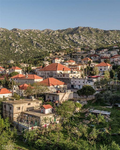 Who's going to the mountains? 🏡... lebanon douma batroun ... (Douma, Liban-Nord, Lebanon)
