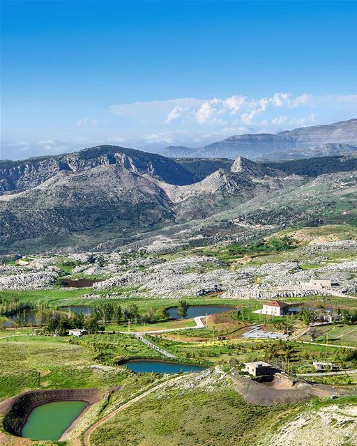 The Beautiful plains of Laklouk and the Northern mountains of Lebanon from... (Saydet El Qarn Laklouk)