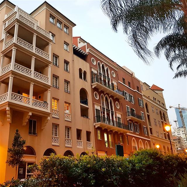 ❤❤🇱🇧🇱🇧 lovelebanon building architecture light collectingmoments... (El Saifi, Beyrouth, Lebanon)