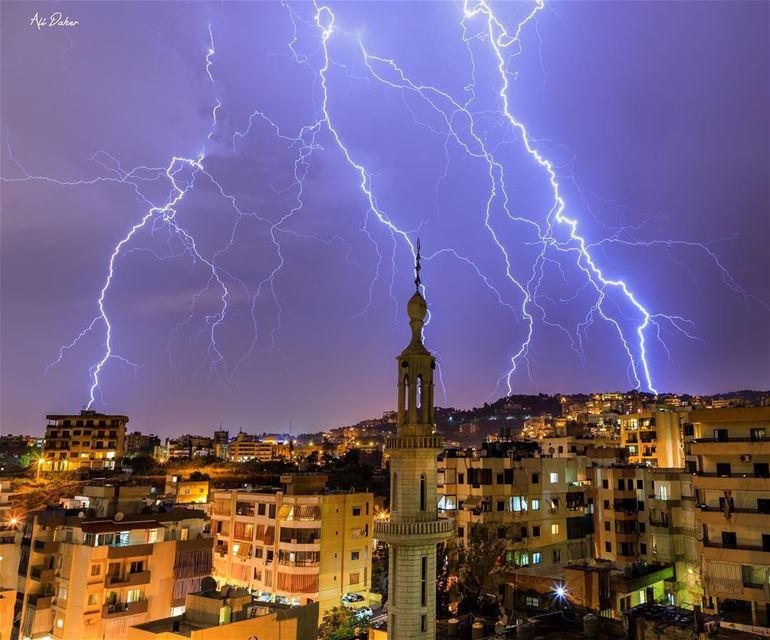 Beirut last night 11/05/2018..... photography photographer... (Beirut, Lebanon)