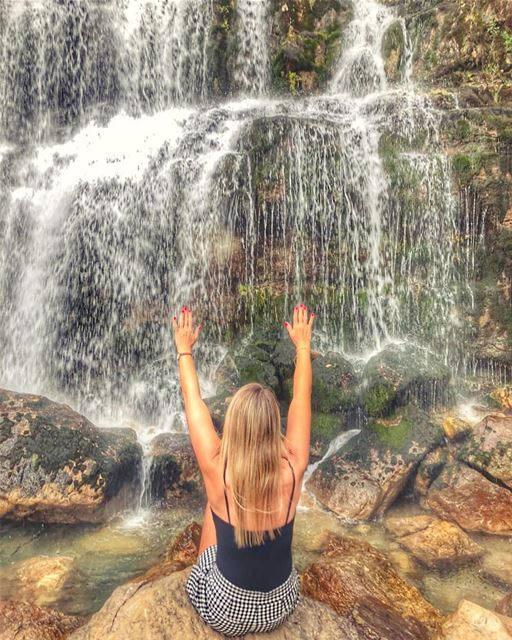 So 🙋♀️who knows that according to Greek mythology, the foot of the falls... (Afqa)