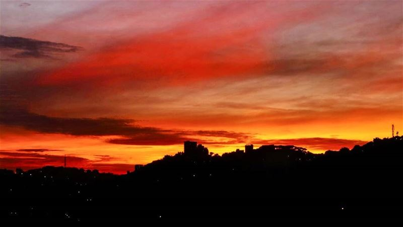 A painting over Brummana  sunsetsky  sunset  amazing  view  livelovebeirut... (Brummana)