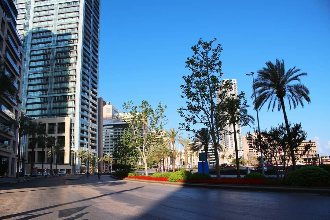 Sun day! city citydweller tower streets streetphotography ... (Beirut, Lebanon)