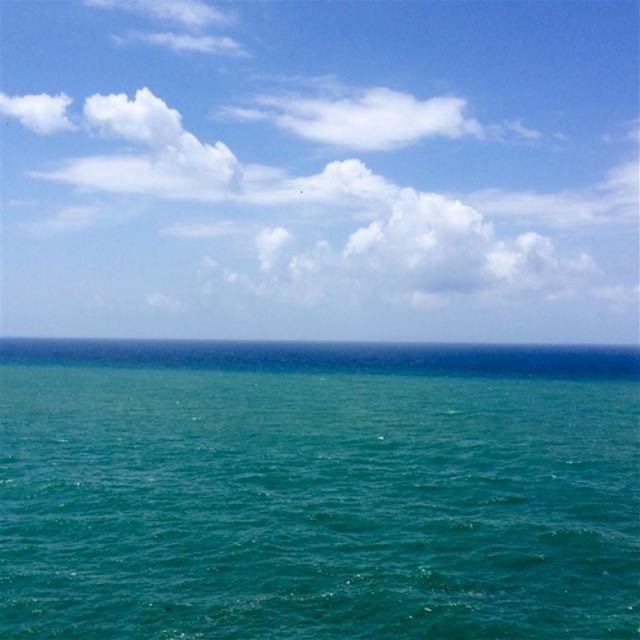 La mer, l'horizon, le ciel et moi💙💙 photography photographie paysage ... (Beirut, Lebanon)