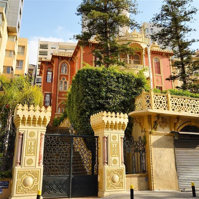 🇱🇧🇱🇧❤❤ oldarchitecture  oldhouse  rebuild  goodvibes  snapshot  gate ... (Beirut, Lebanon)