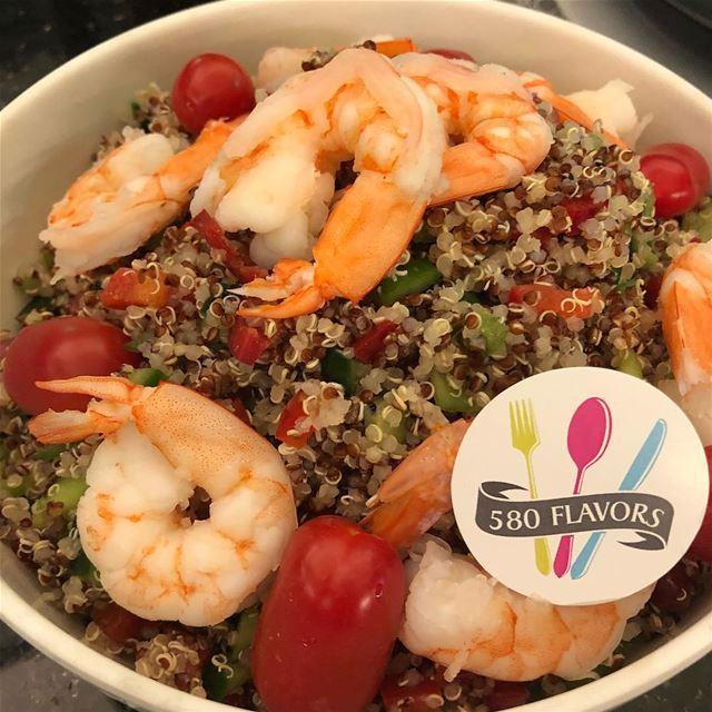 Shrimp quinoa salad 🥗🍤 @helowmeleh ... 580flavors lebanesefood ... (Kasrouane)