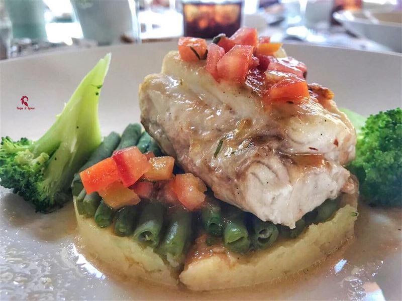 Fish khel2ak fish 🐠 .======================📍 @tablefinelebanon .•... (UBay - Table Fine)