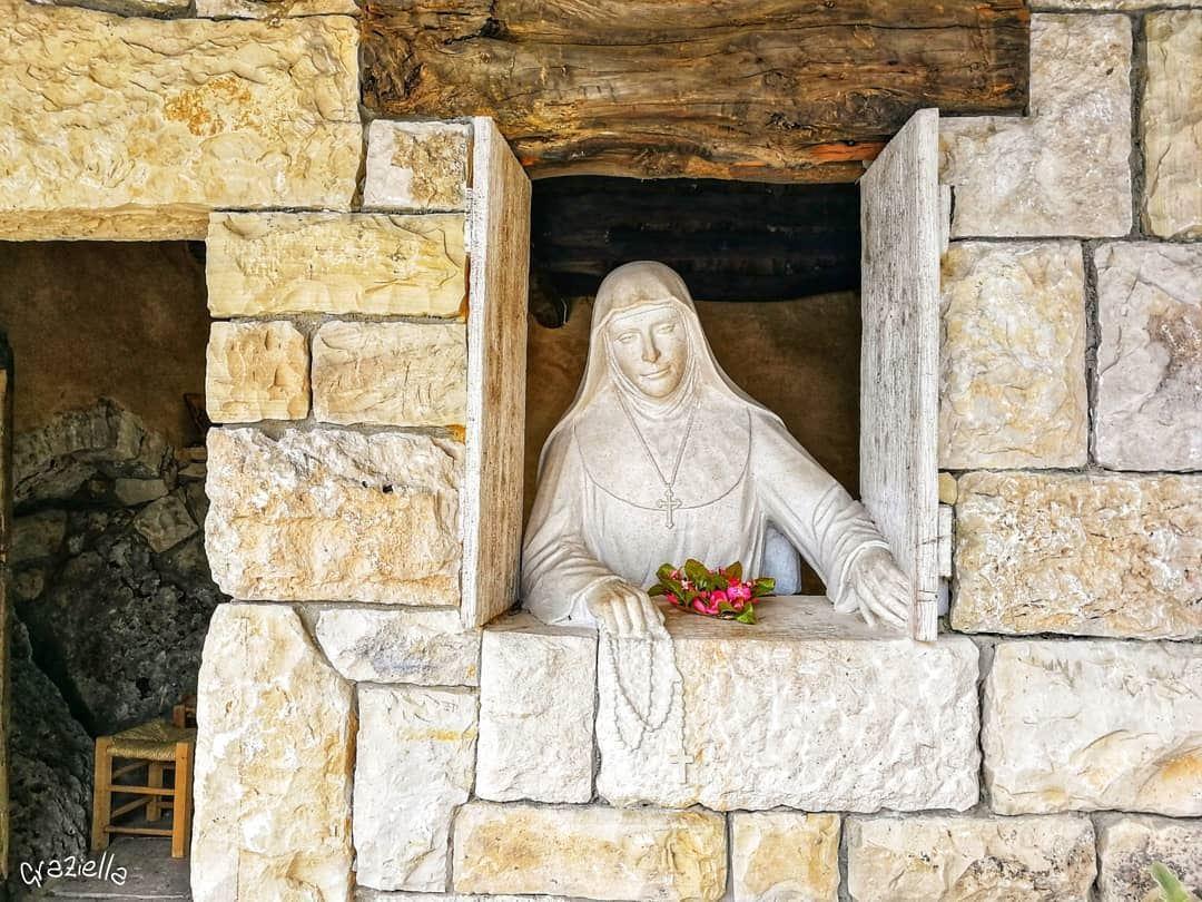 livelovelebanon lebanon lebanese ilovelebanon placestovisit peace ... (Saint Rafka Ayto)