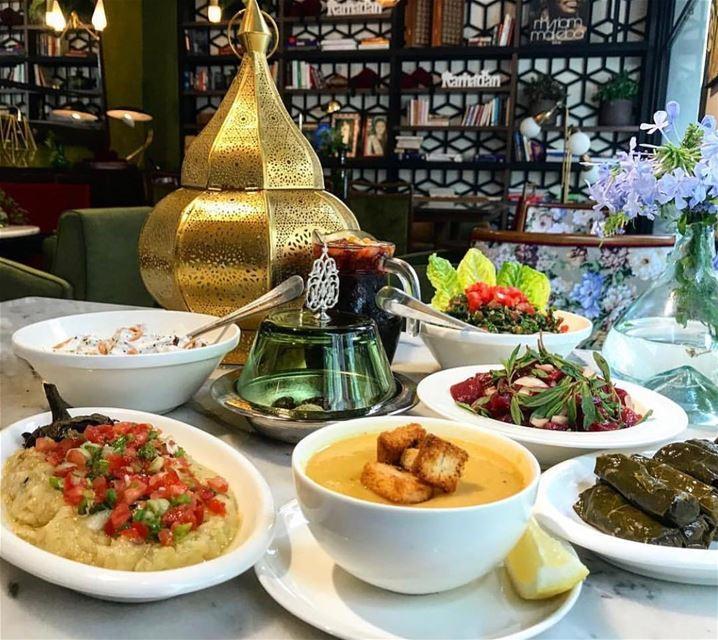 أهلاً رمضان ! الدار ناطر احلى زوار🌙 اهلا_رمضان رمضان_كريم رمضان_2018 رم (Dar El Gemmayzeh)