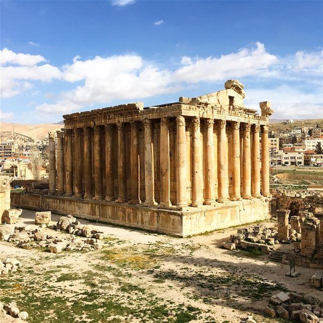 The Marvelous Architecture Of Baalbeck. baalbeck cityofthesun lebanon ... (Baalbek , Roman Temple , Lebanon)