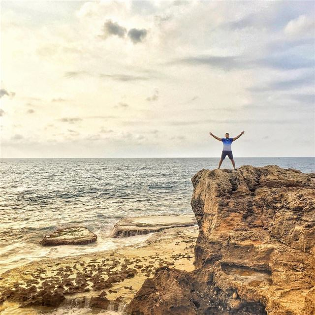 LET THE SEA, SET YOU FREE📸 @salahhadba lebanon view views photography...
